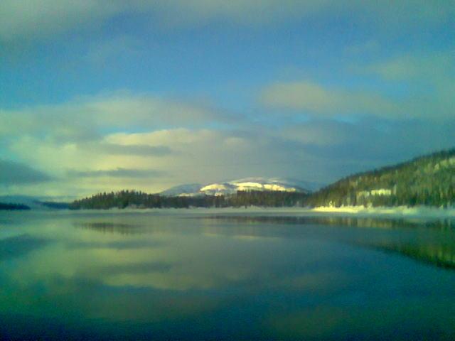 (Mobilbilder i januar) Steinfjellet og Limingen i ettermiddagssol