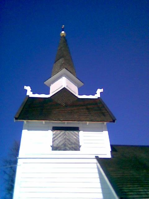 Flott profil på tårnet på Ankarede kapell