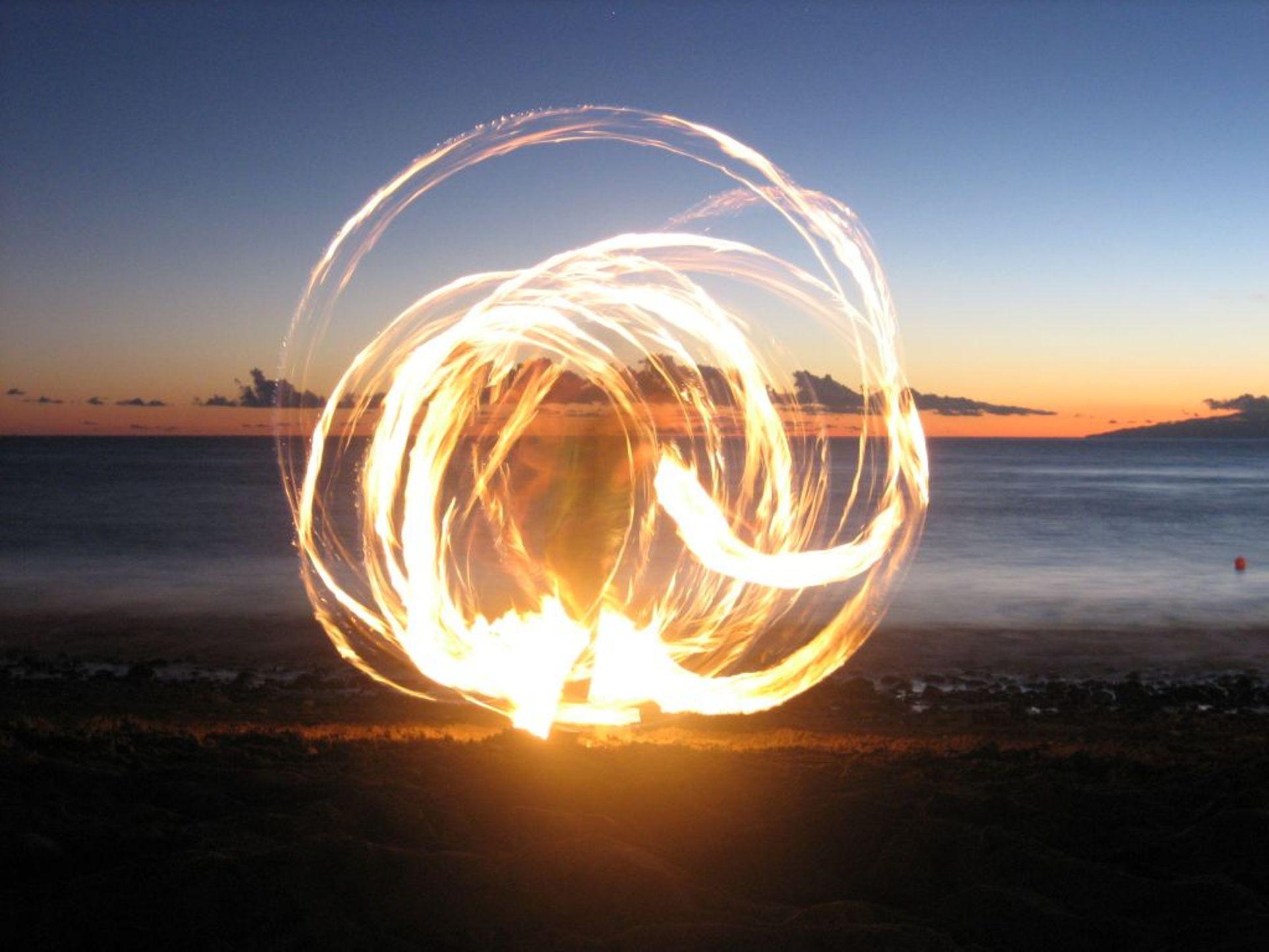Ildrituale ved solnedgang (Klikk for større bilde!)